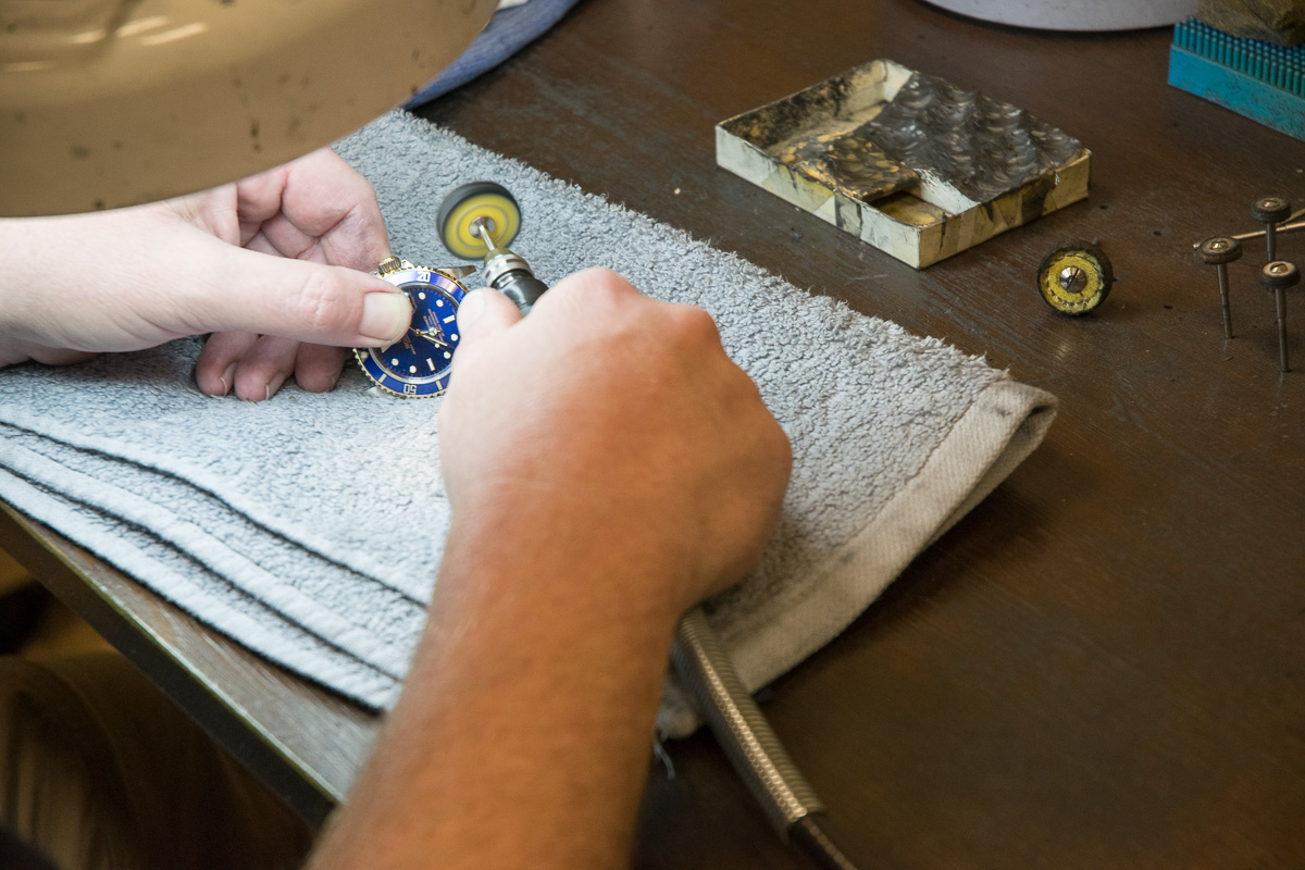 how to polish my watch