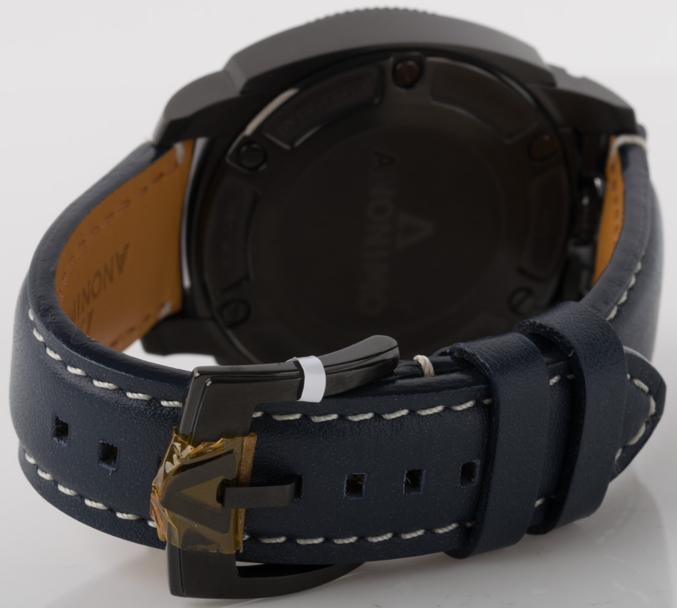 Rear shot of Militare with blue aged leather strap