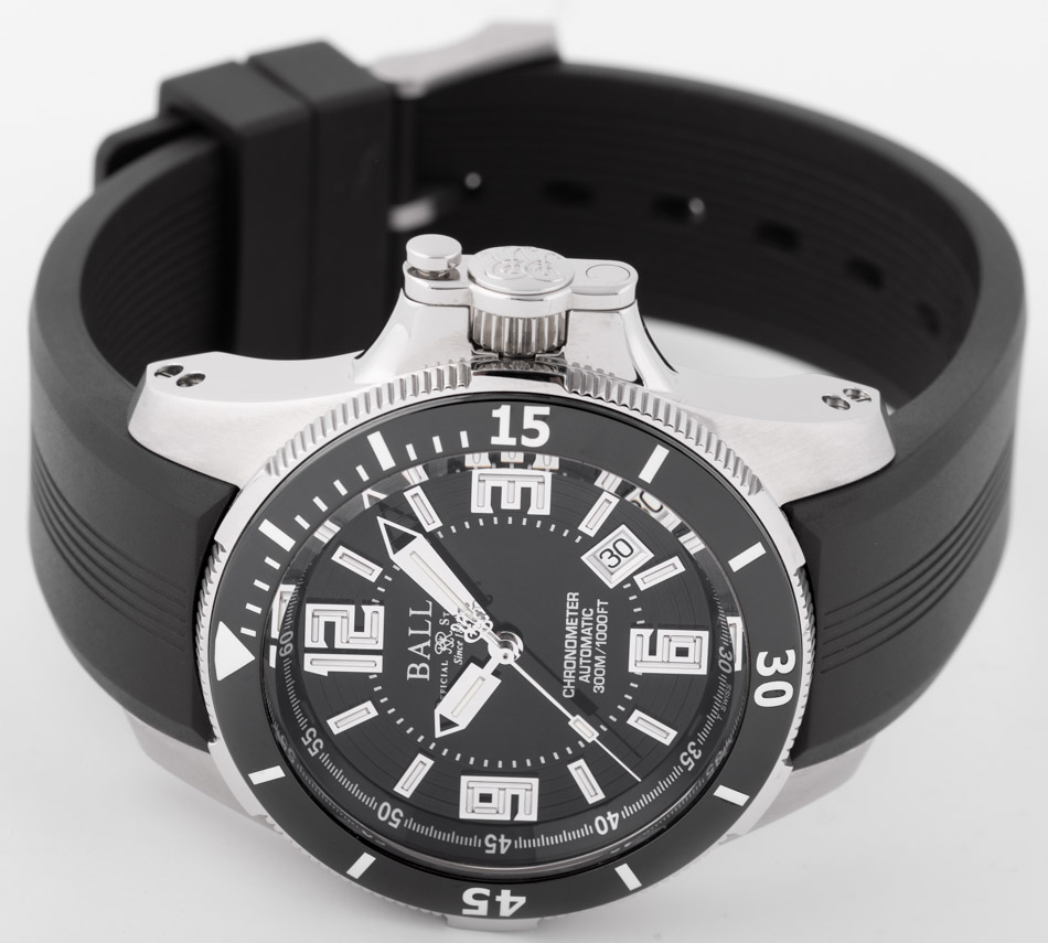 Front view of Engineer Hydrocarbon Ceramic XV showing black dial