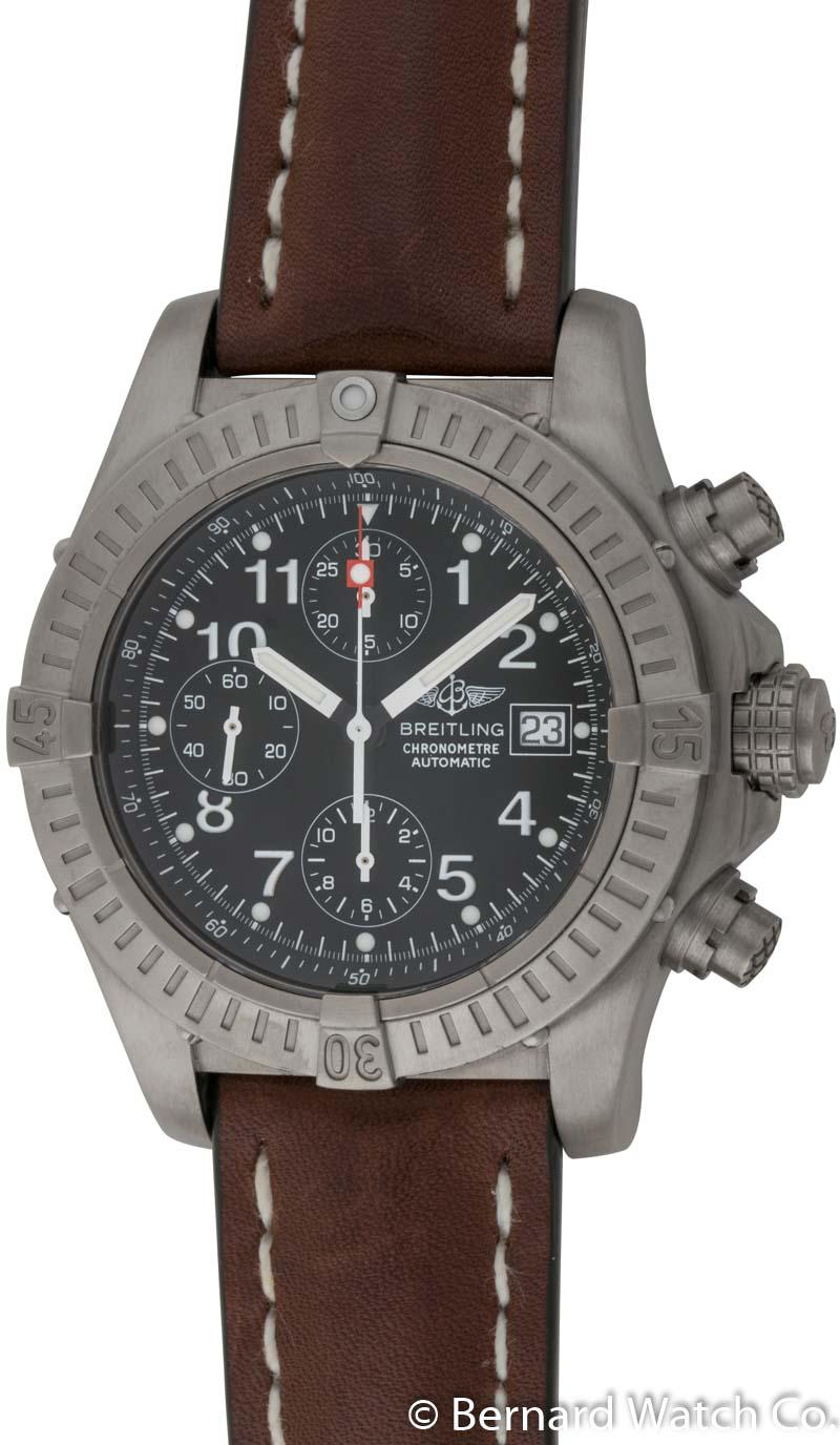 Breitling chrono avenger e13360 bernard watch for Avenger watches