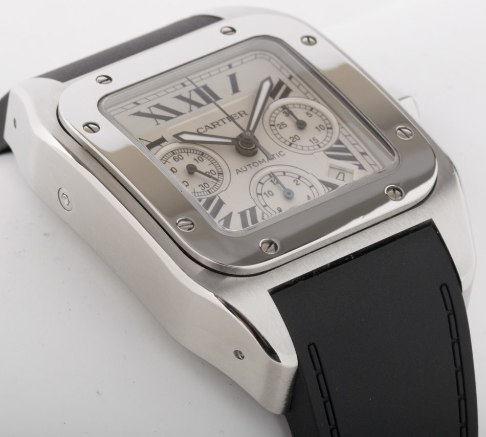 Side angle of Santos 100 XL Chronograph
