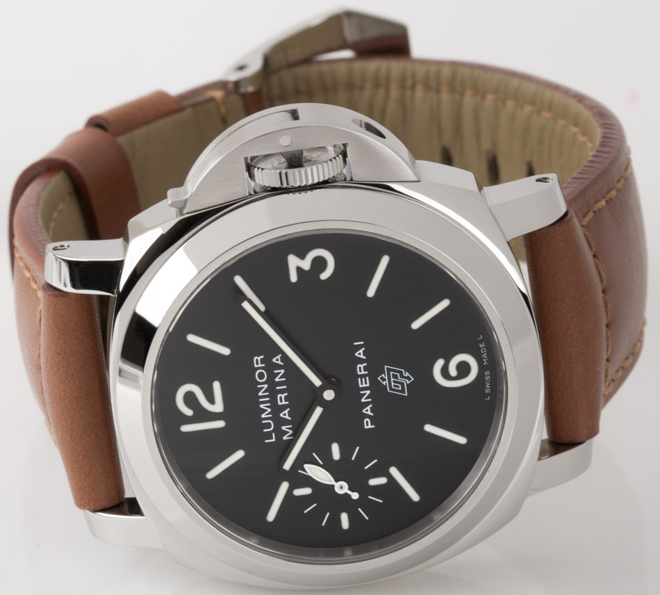 Front view of Luminor Marina Logo showing pre-Vendome OP Arrows Logo on black dial