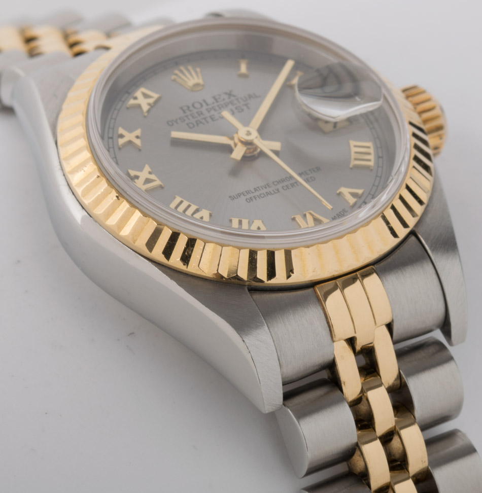 Side angle of Ladies Datejust