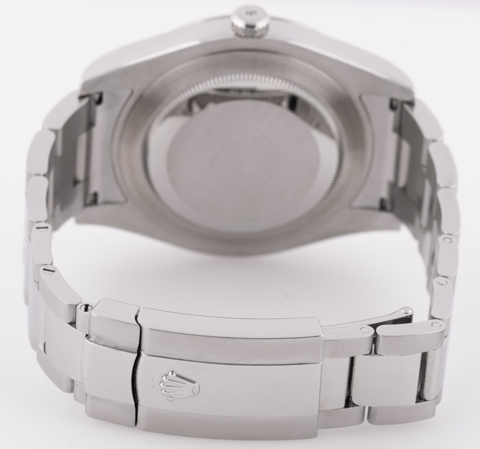 Rear shot of Datejust II with heavy Oyster bracelet (SEL)